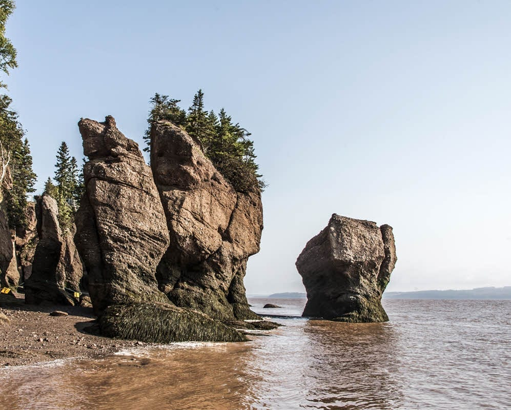 New England - Canada - Dance Cruise 2019 - Hopewell Rock Formation - New Brunswick CA - 1000 x 800